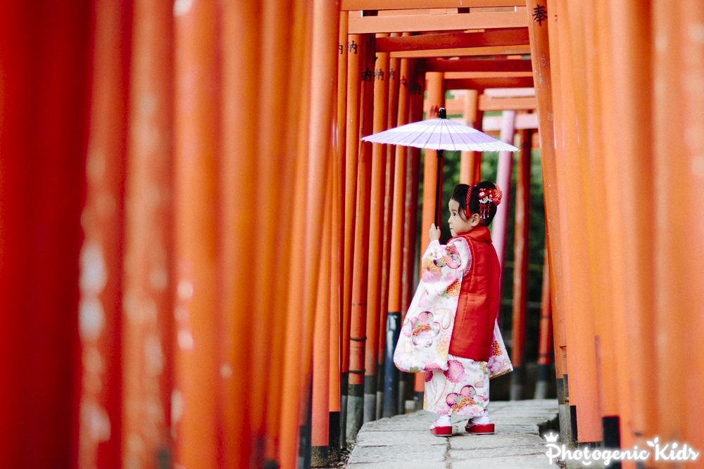 撮影の様子を動画でご紹介。根津神社(東京都文京区) 七五三 出張撮影 三歳のお嬢様